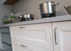 beslag till köksskåp